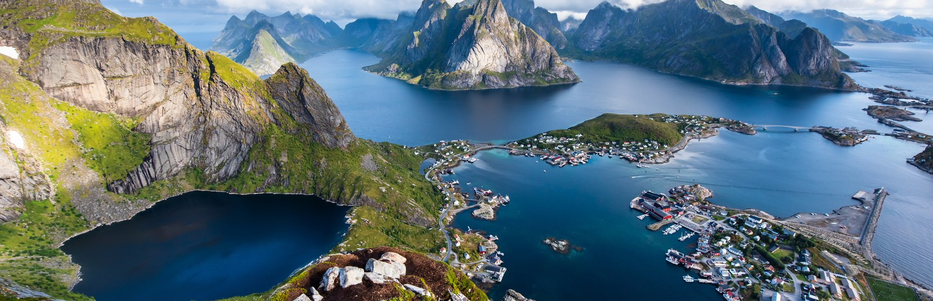 10 things you'll experience on a yacht charter in Norway