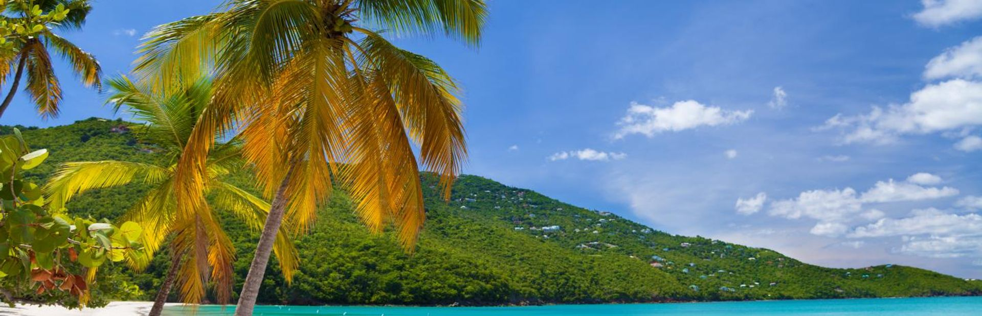 The ultimate guide to US Virgin Islands luxury yacht charter vacations
