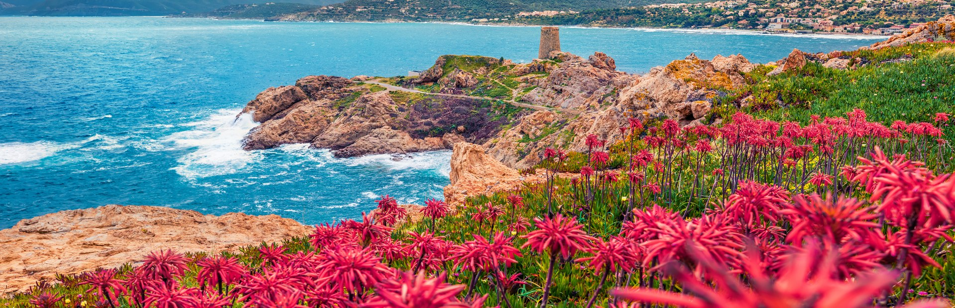 5 reasons to visit Corsica on a luxury yacht charter