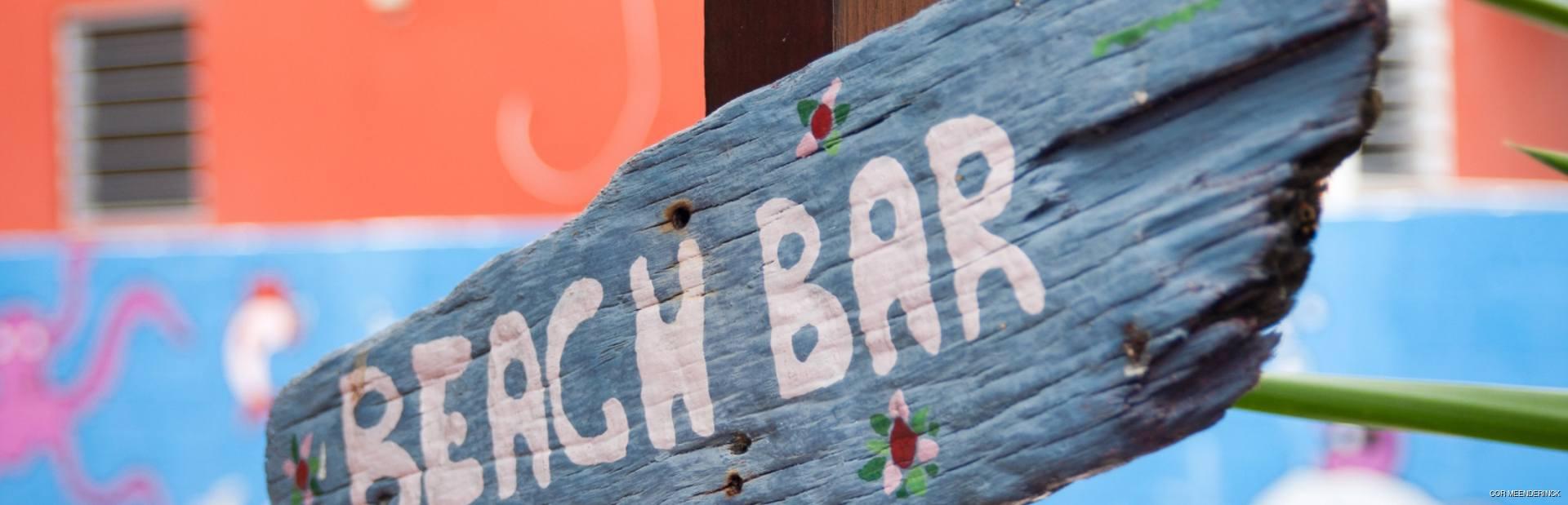 Simple but beautiful bar sign