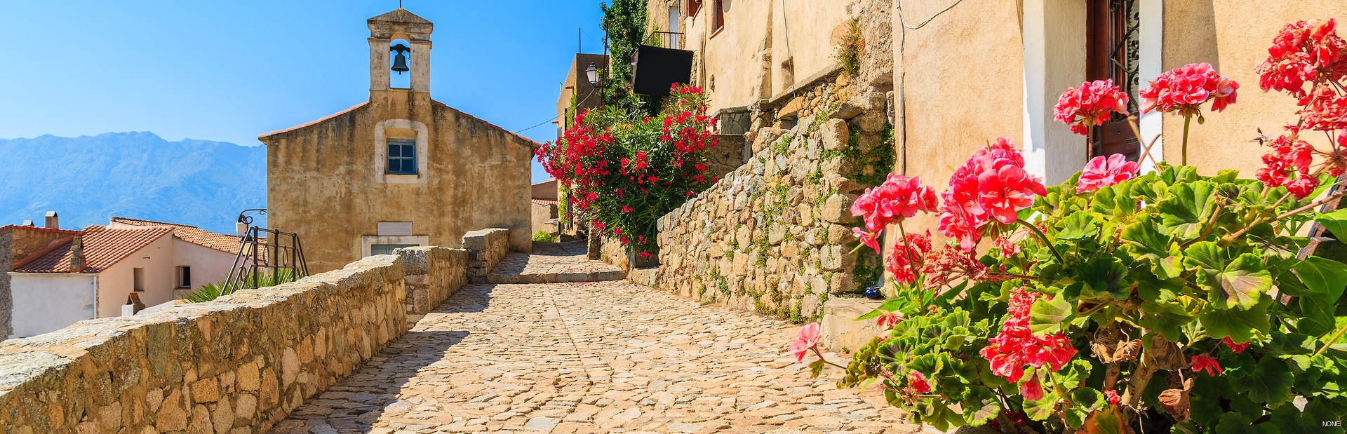 Corsica charter itineraries