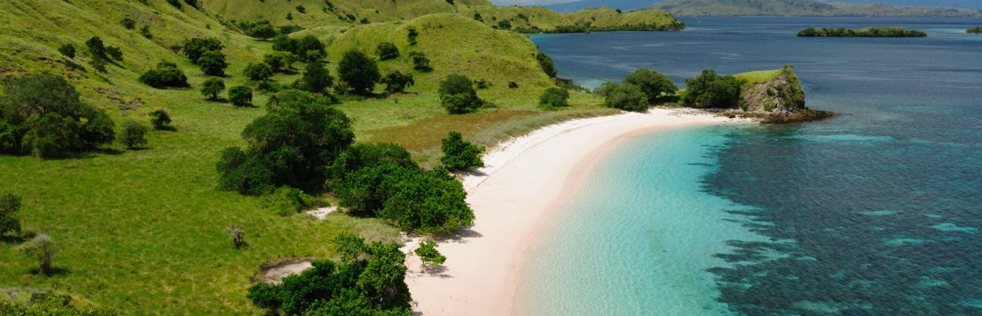 Komodo charter itineraries