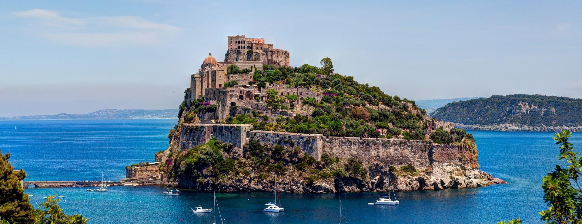 Aragonese Castle Image 1