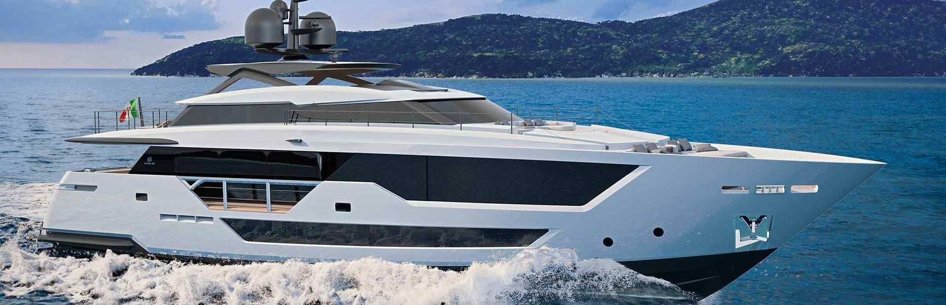 Custom Line 106 Yacht Charter