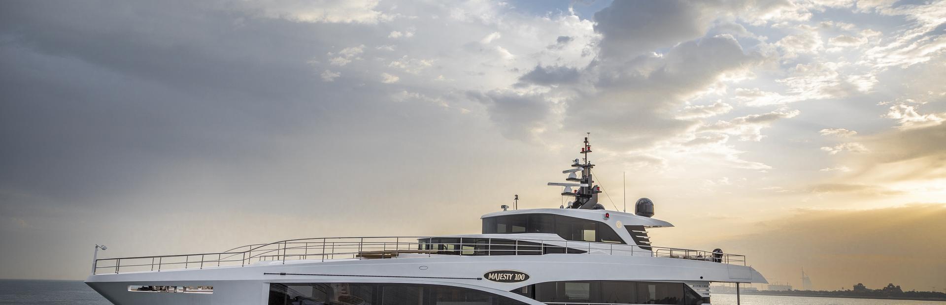 Majesty 100 Yacht Charter