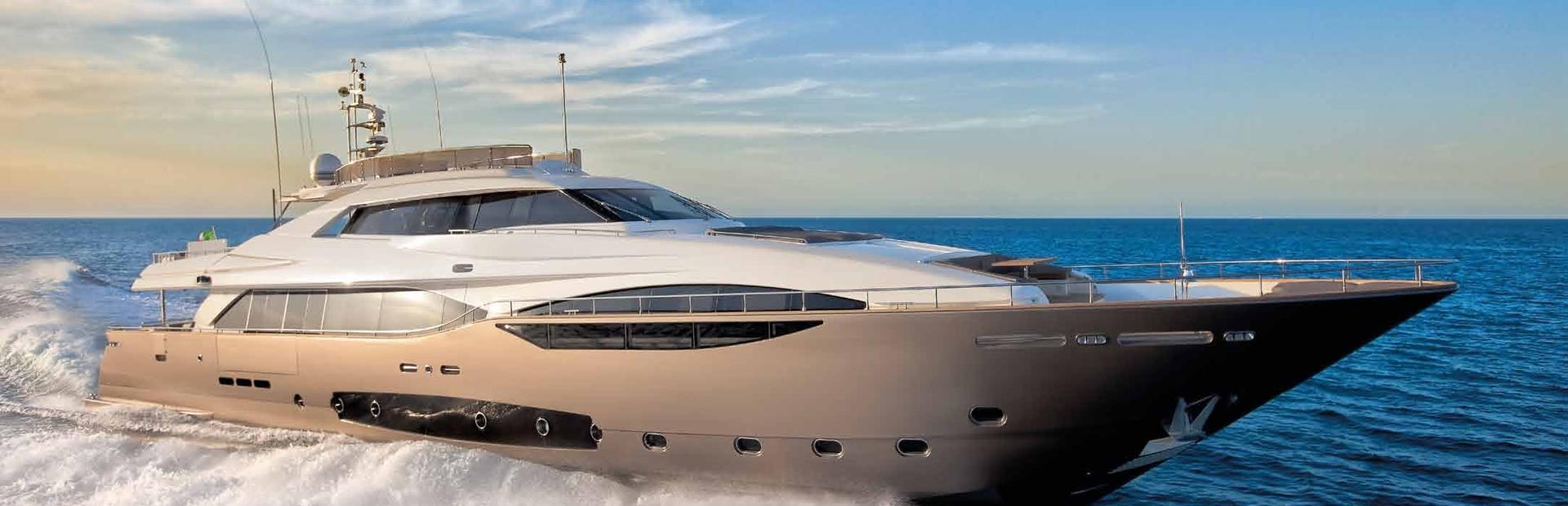 Custom Line 124' Yacht Charter