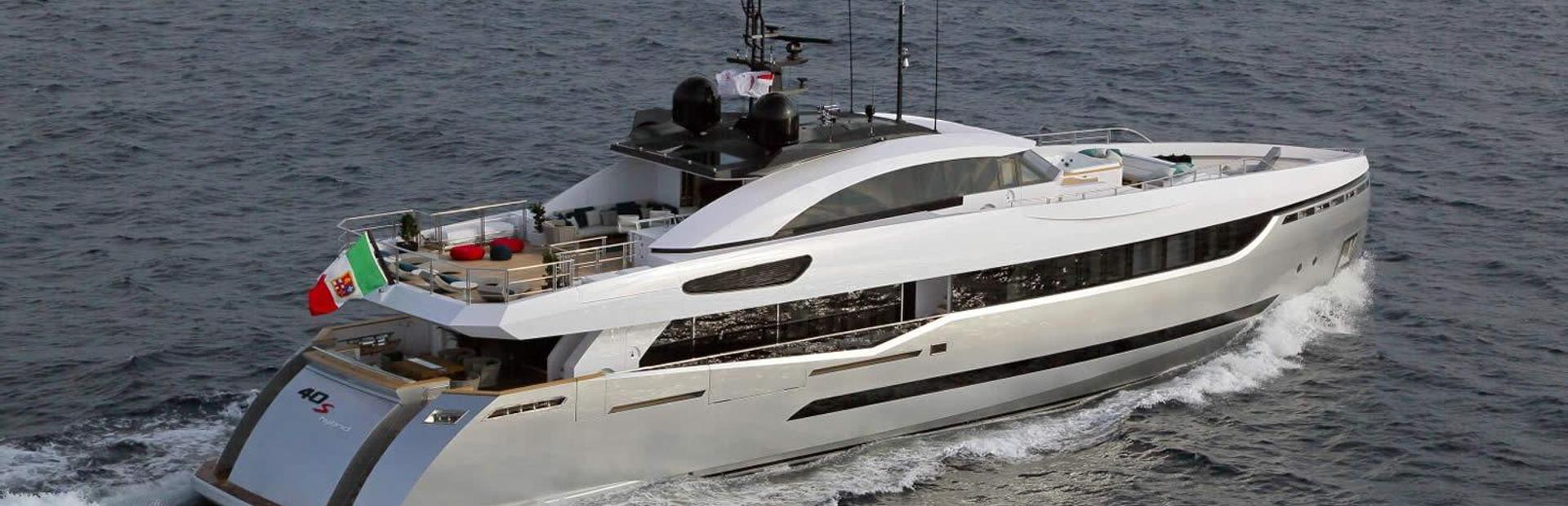 Columbus Sport 40 MT Hybrid Yacht Charter