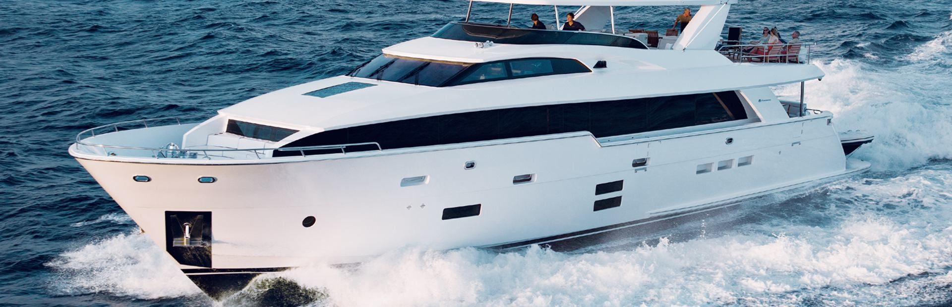 Hatteras 100 Raised Pilothouse Yacht Charter