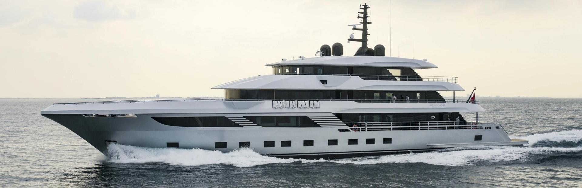 Majesty 175 Yacht Charter