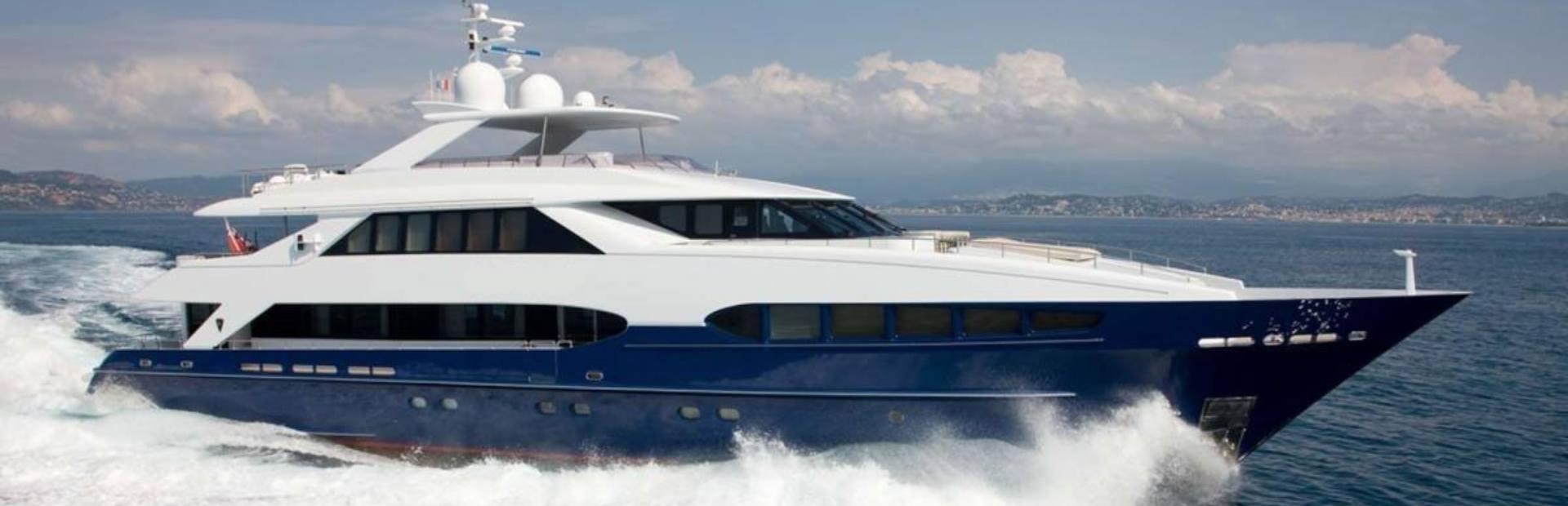 Heesen 4000 Yacht Charter