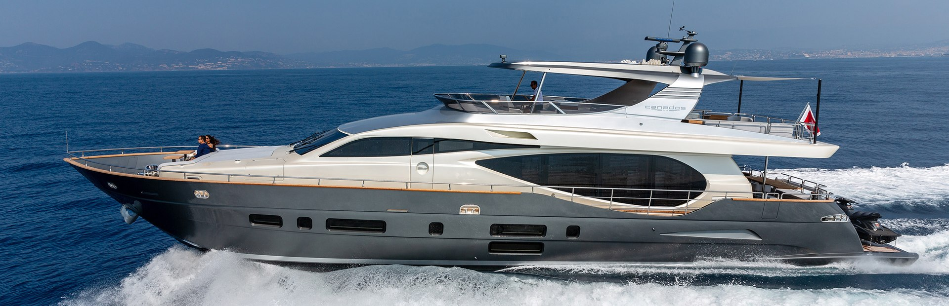 Canados 888 Evolution Yacht Charter