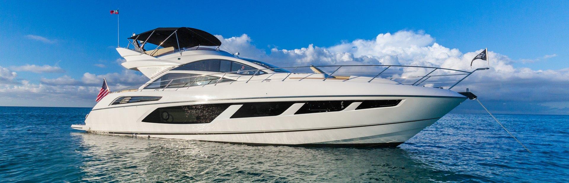 68 Sport Yacht Yacht Charter