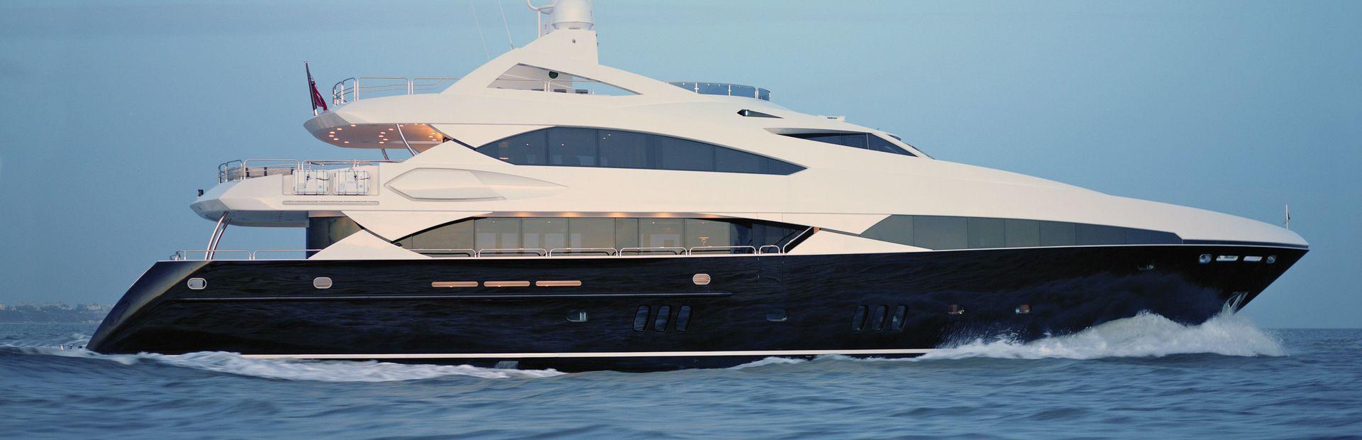 37 Metre Yacht Yacht Charter