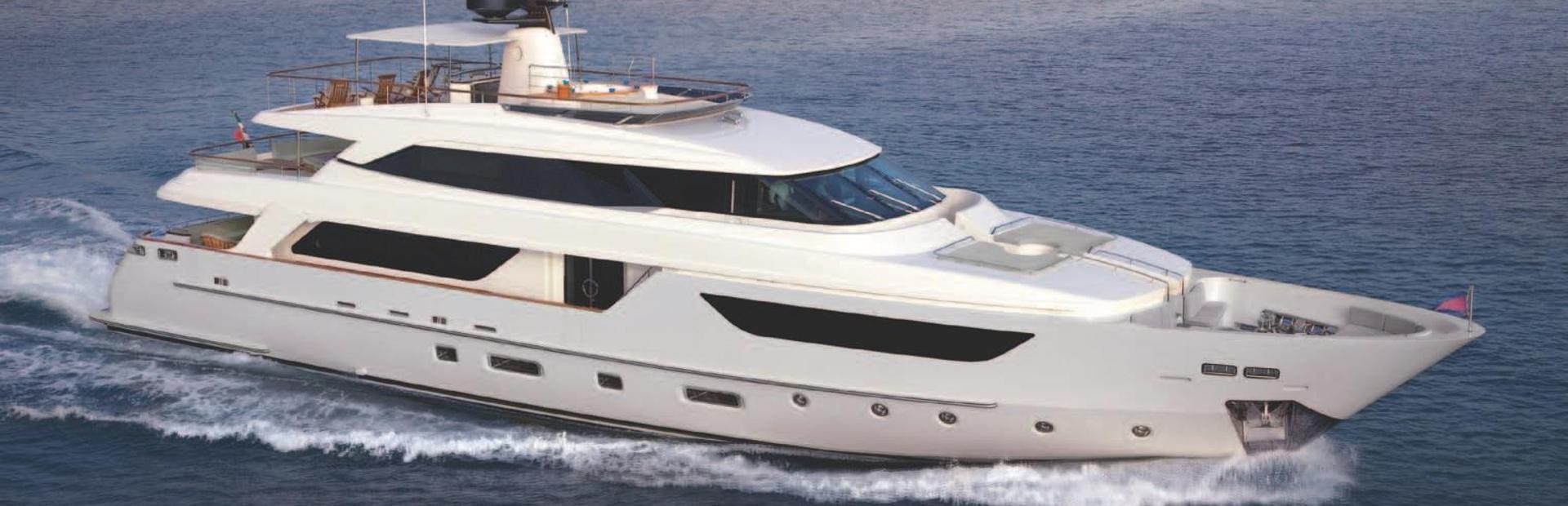 SD122 Yacht Charter