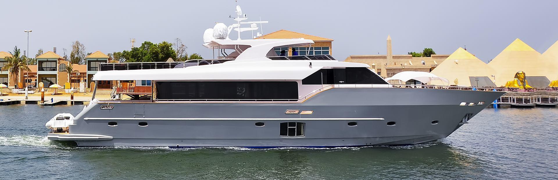 Gulf 95 Exp Yacht Charter