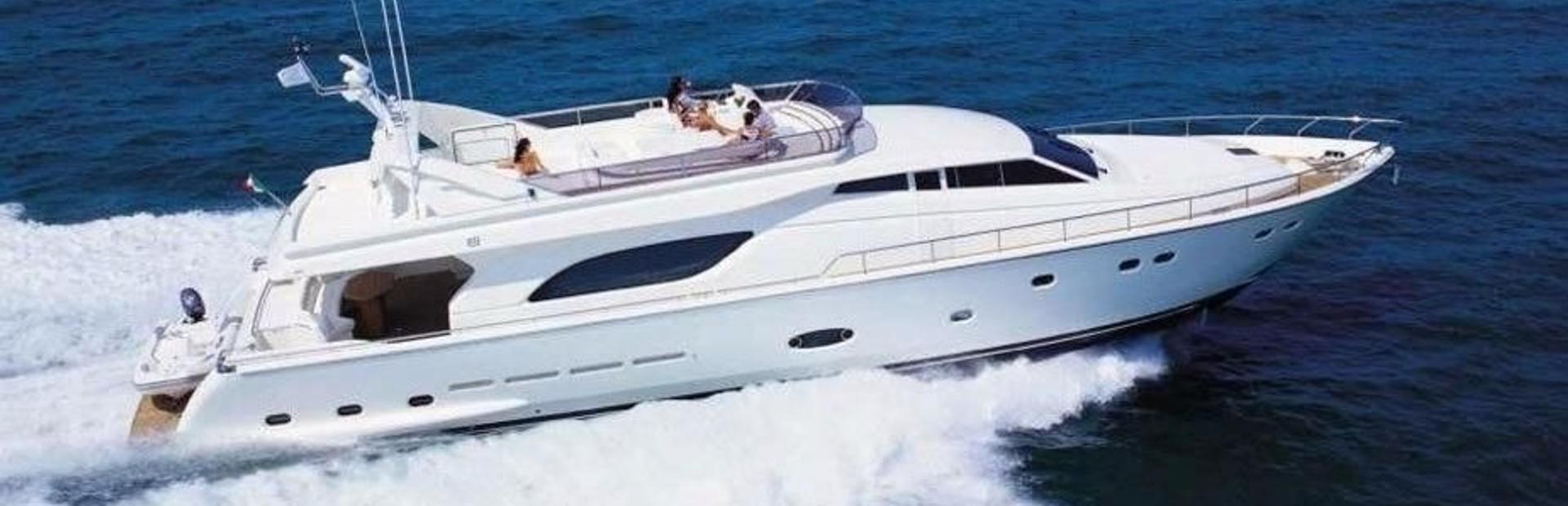 Ferretti Yachts 810 Yacht Charter