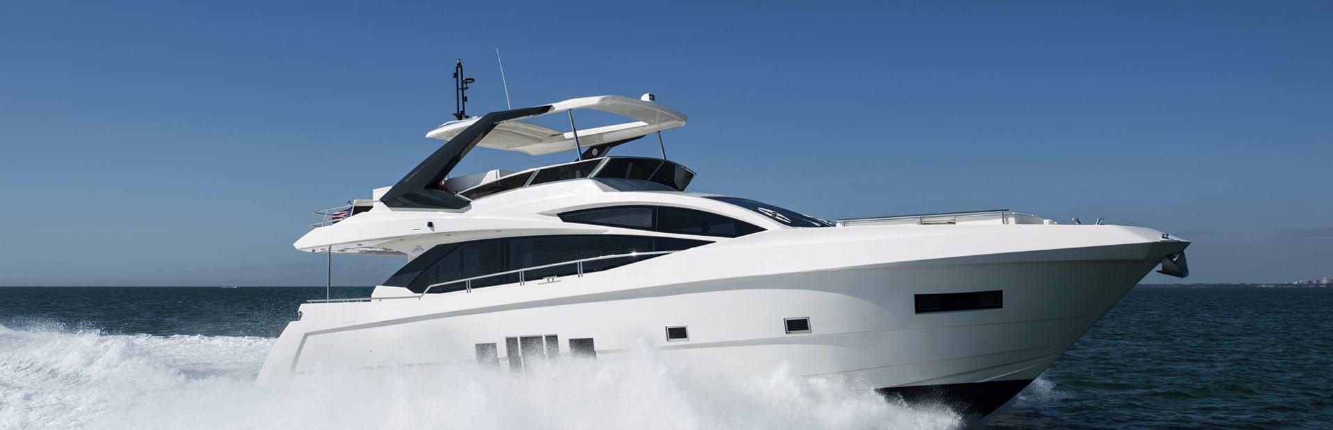 72 Flybridge Yacht Charter