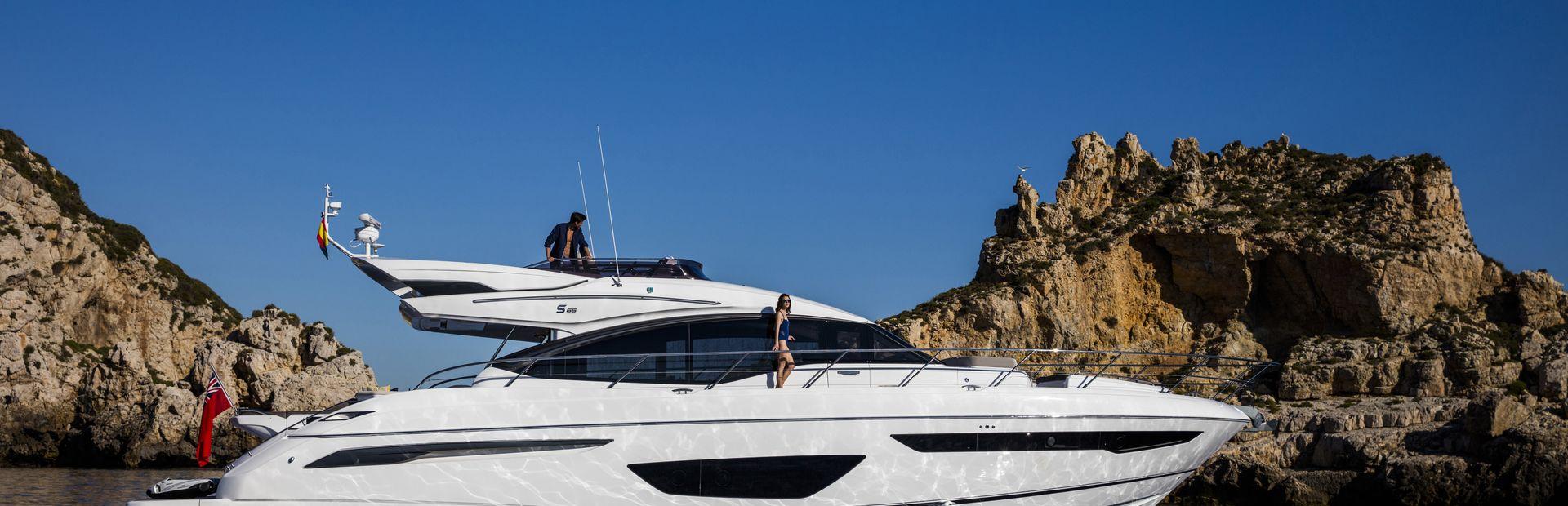 Princess S65 Yacht Charter