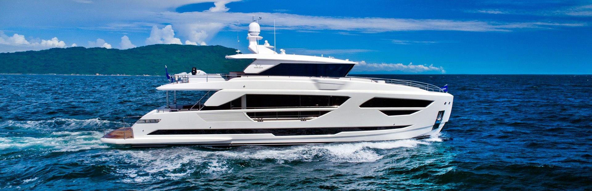 FD87 Yacht Charter