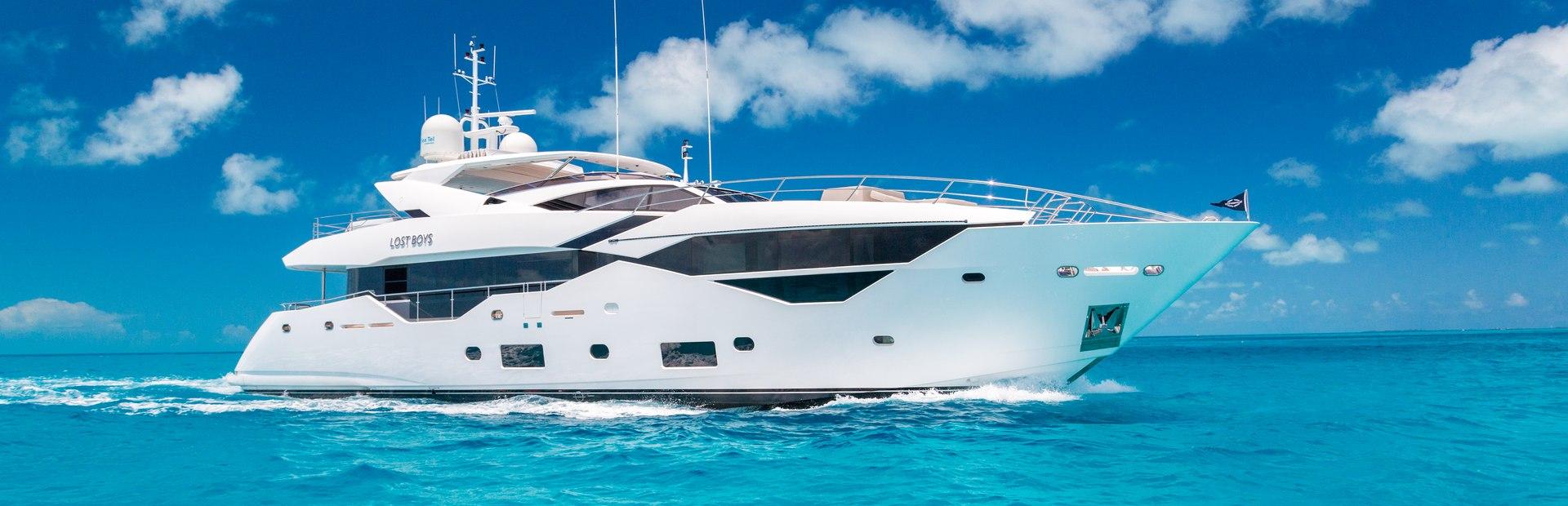 116 Yacht Yacht Charter