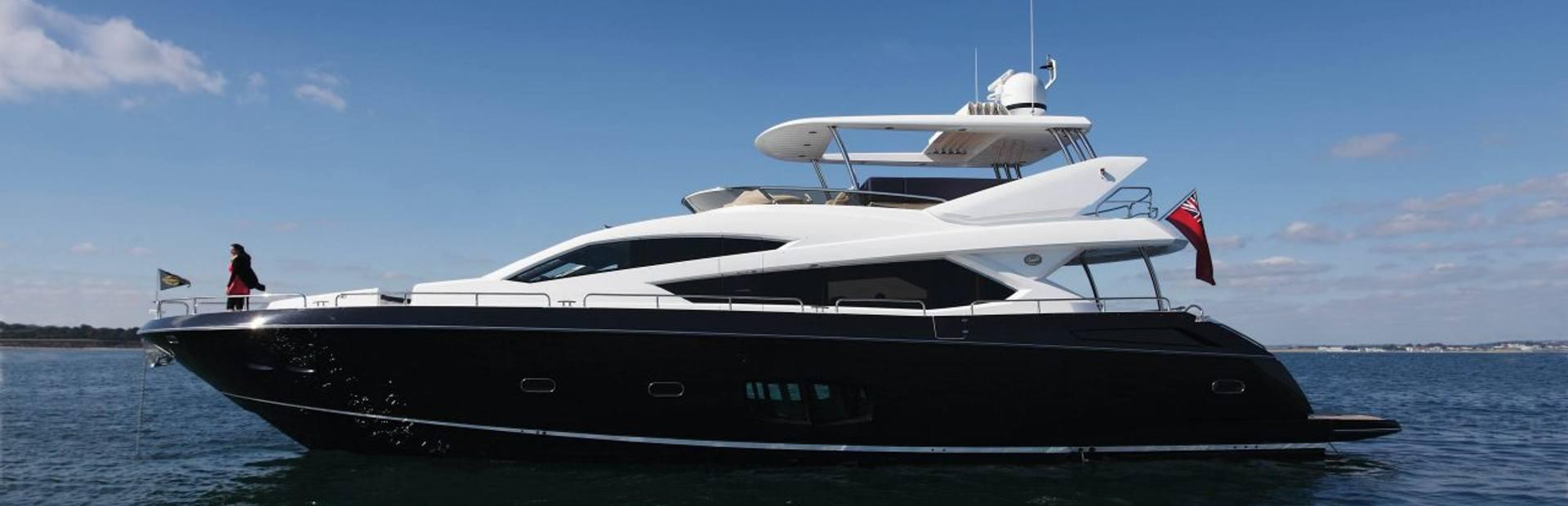 80 Yacht Yacht Charter