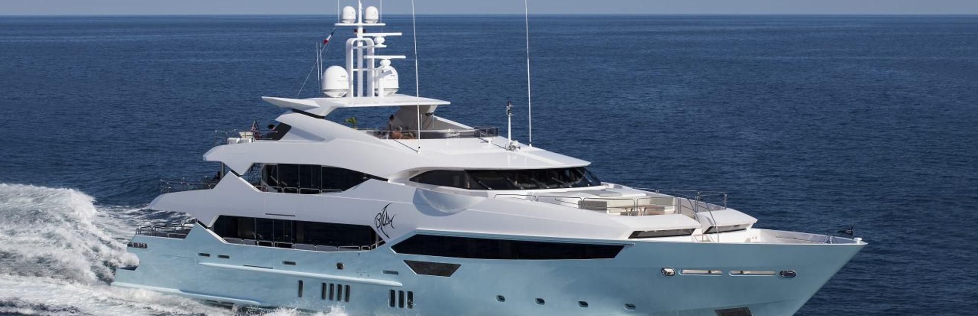 155 Yacht Yacht Charter