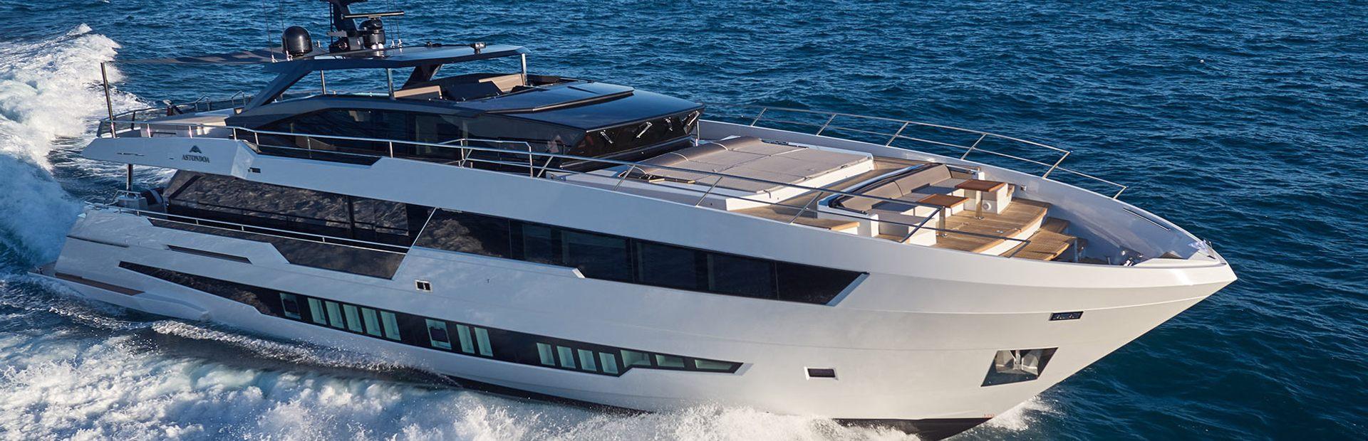 100 Century Yacht Charter