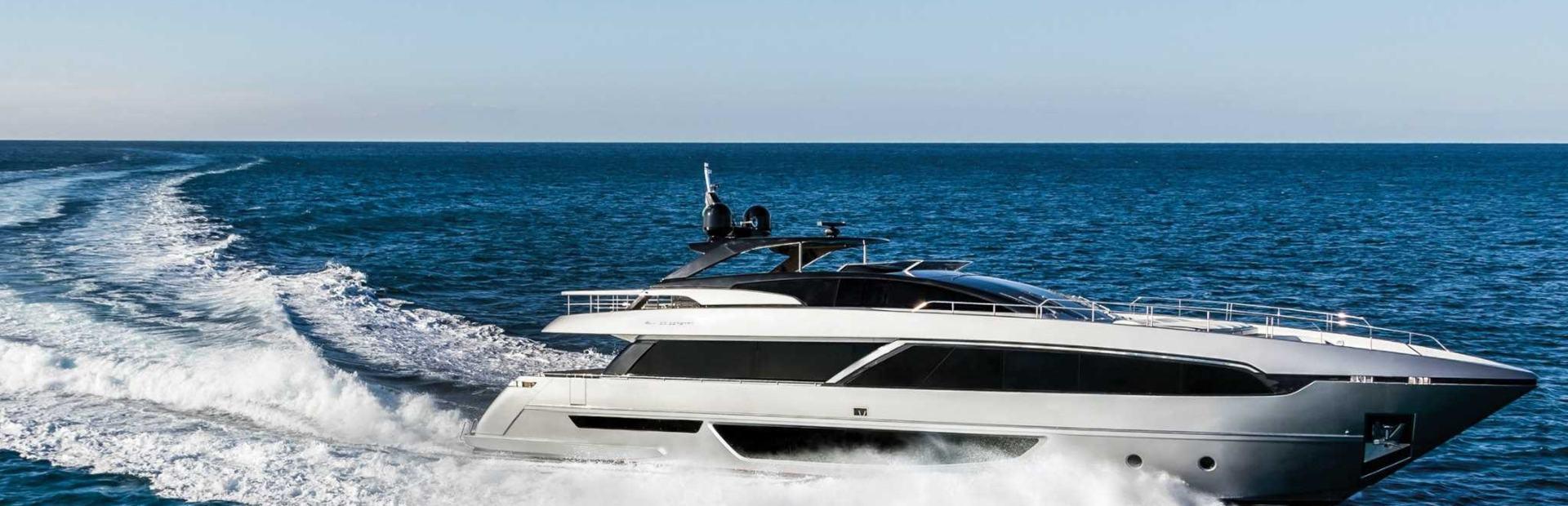100' Corsaro Yacht Charter