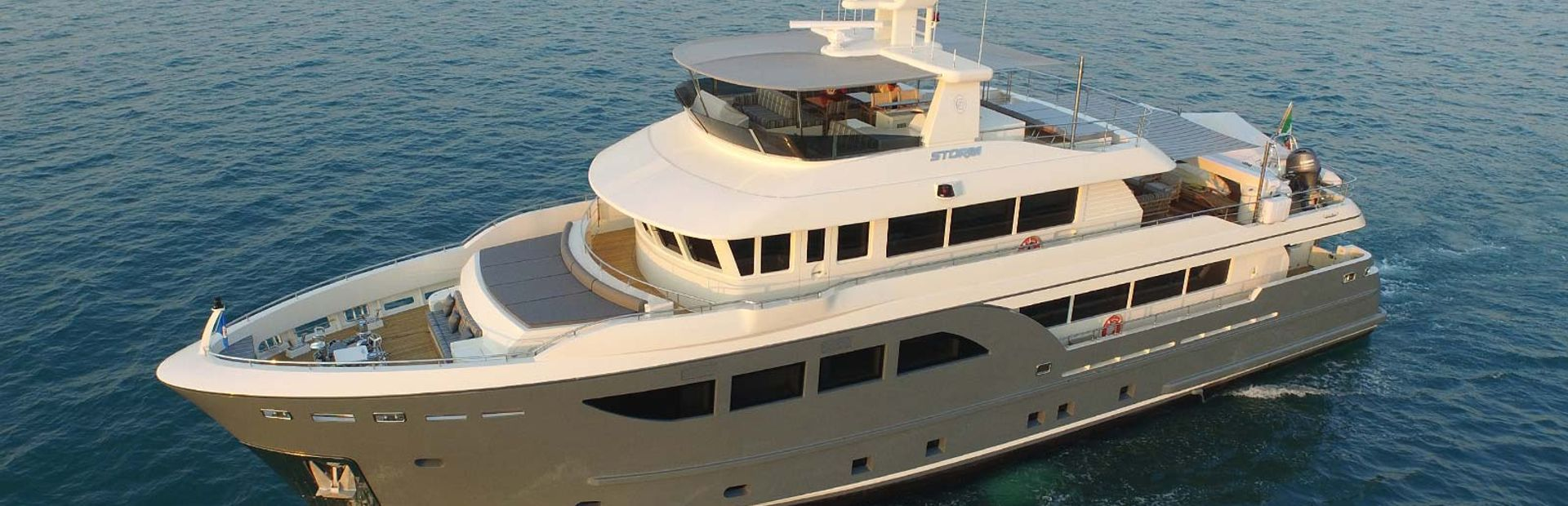 Cantiere Delle Marche Darwin 107 Yacht Charter