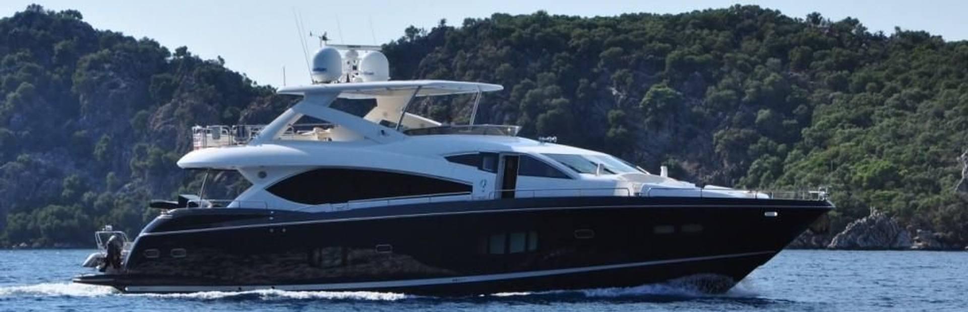 Sunseeker 88 Yacht Charter