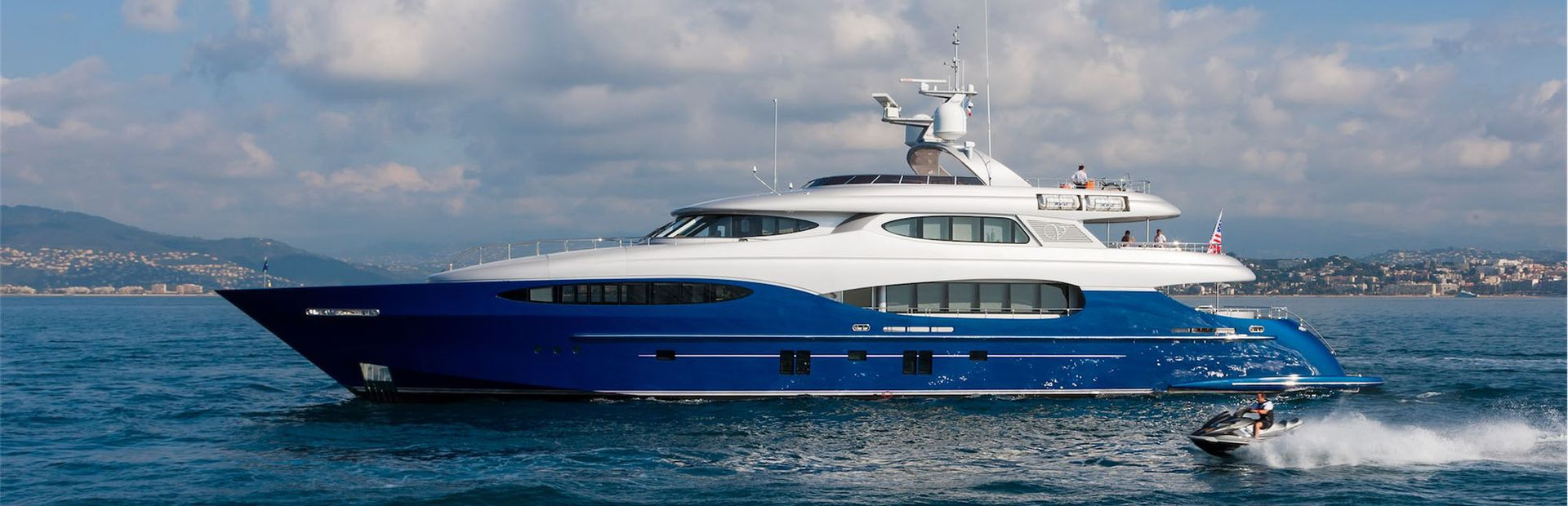 Vicem 46 Vulcan Yacht Charter