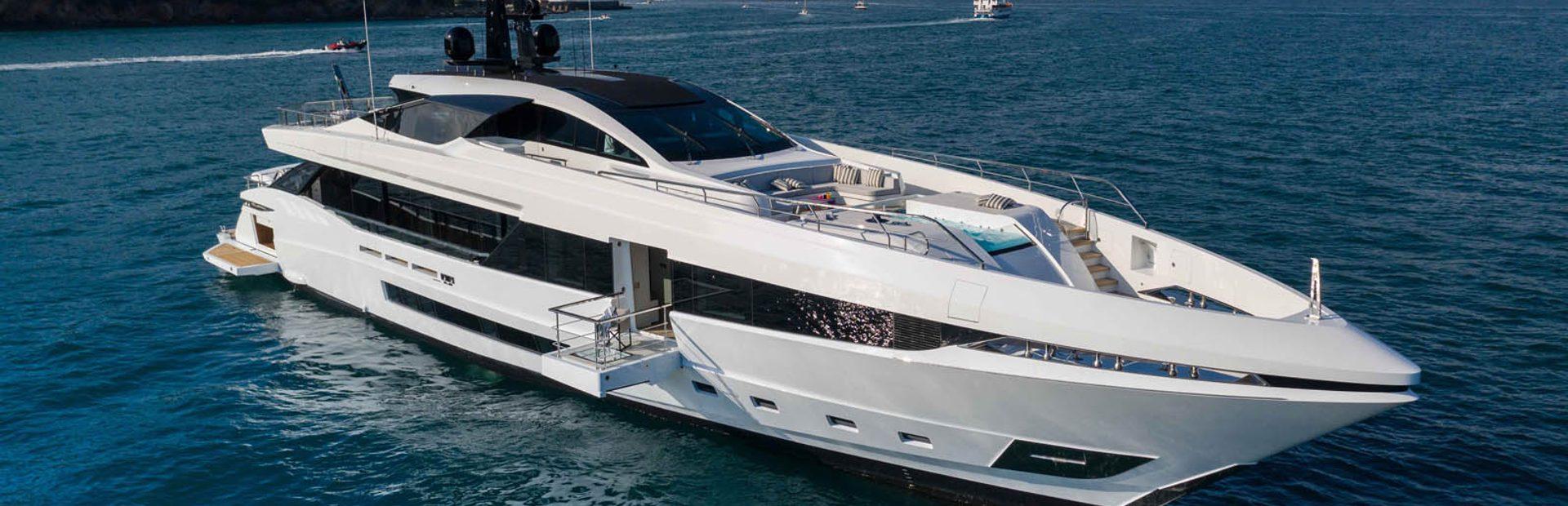 Mangusta GranSport 45 Yacht Charter