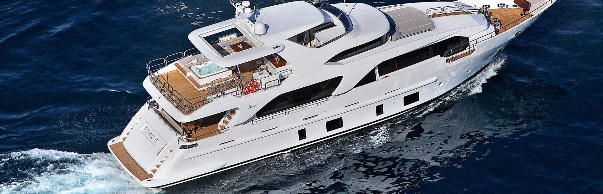 Delfino 93' Yacht Charter