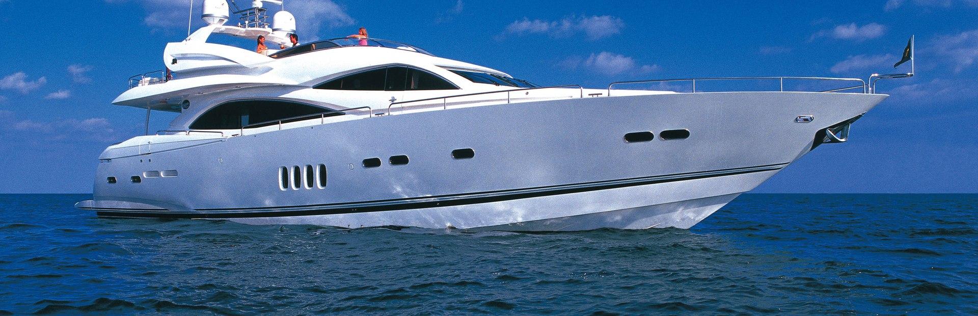 Sunseeker 90 Yacht Yacht Charter