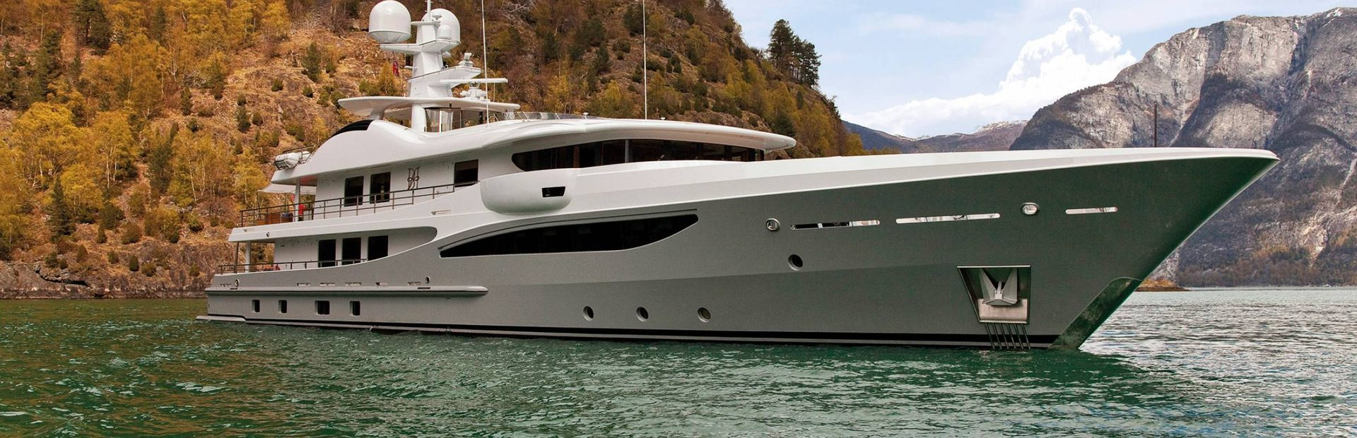 Amels 171 Yacht Charter