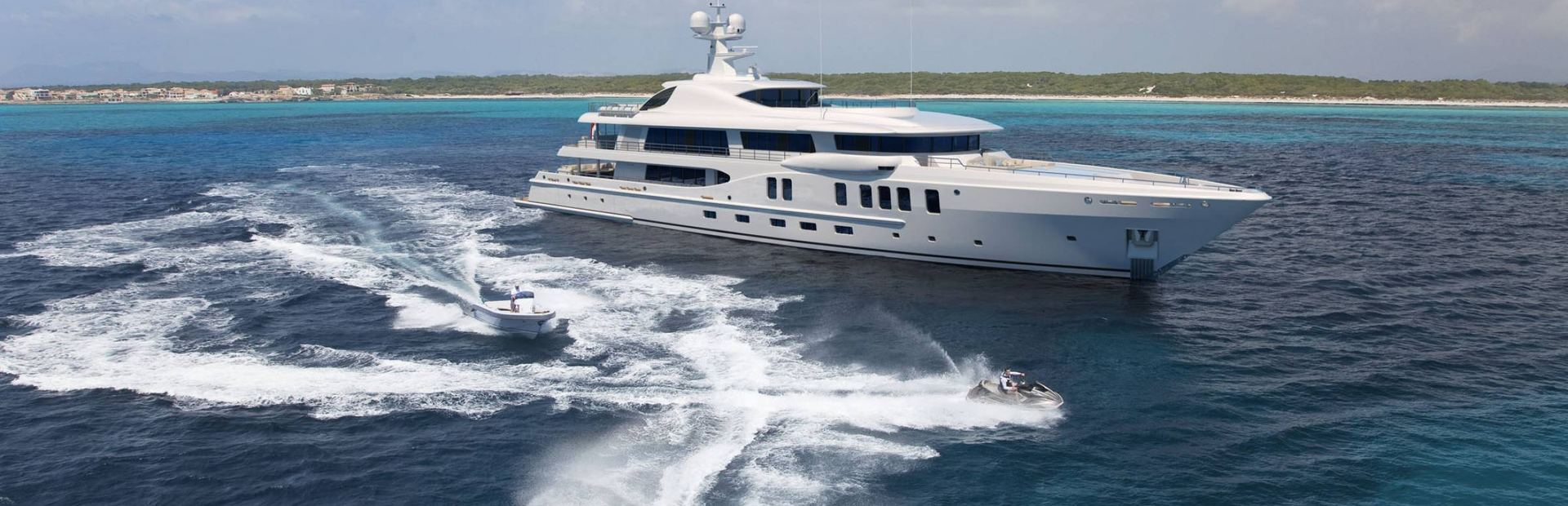 Amels 220 Yacht Charter