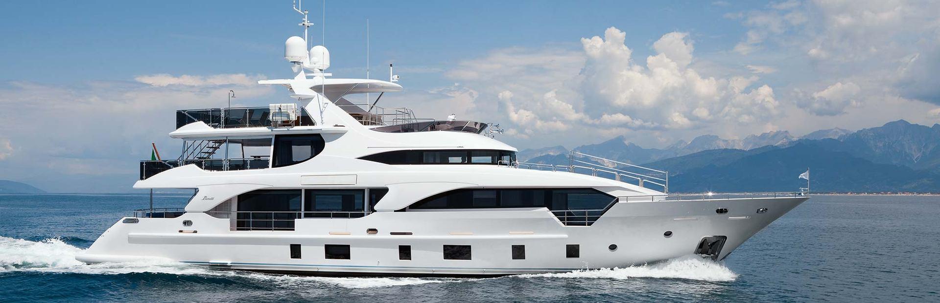 Supreme 108 Yacht Charter