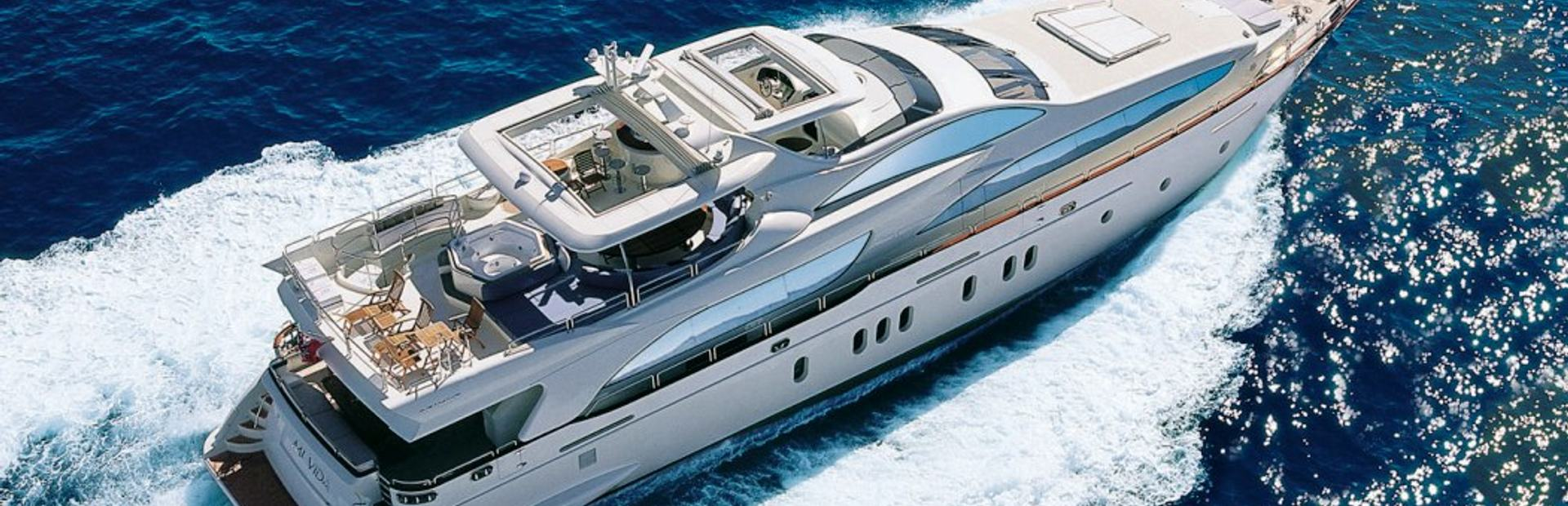 Grande 116 Yacht Charter