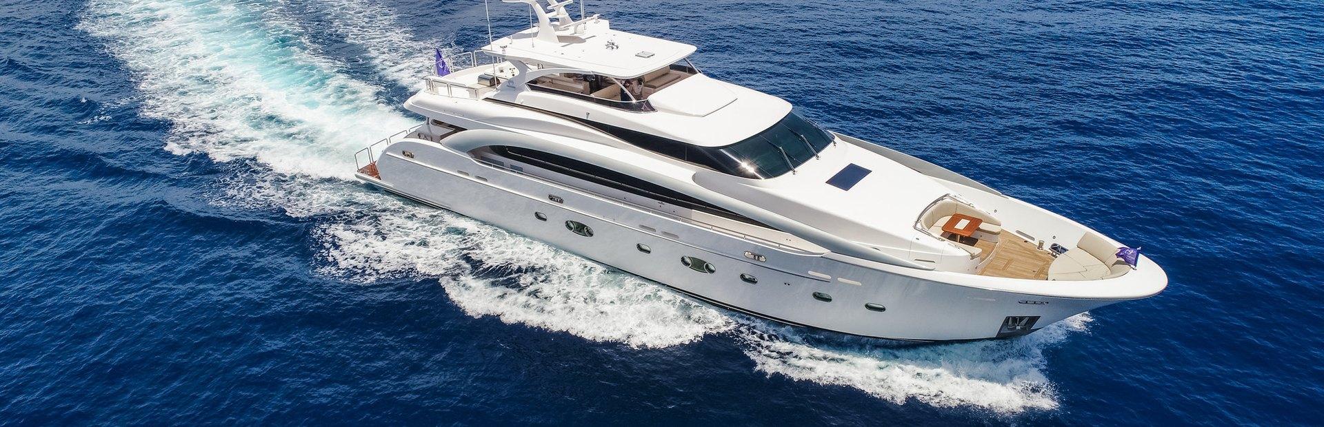 RP110 Yacht Charter