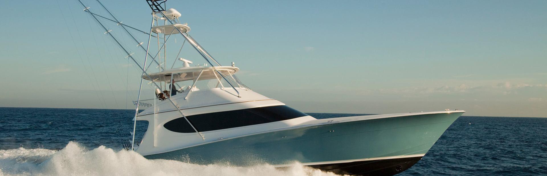 GT70 Yacht Charter