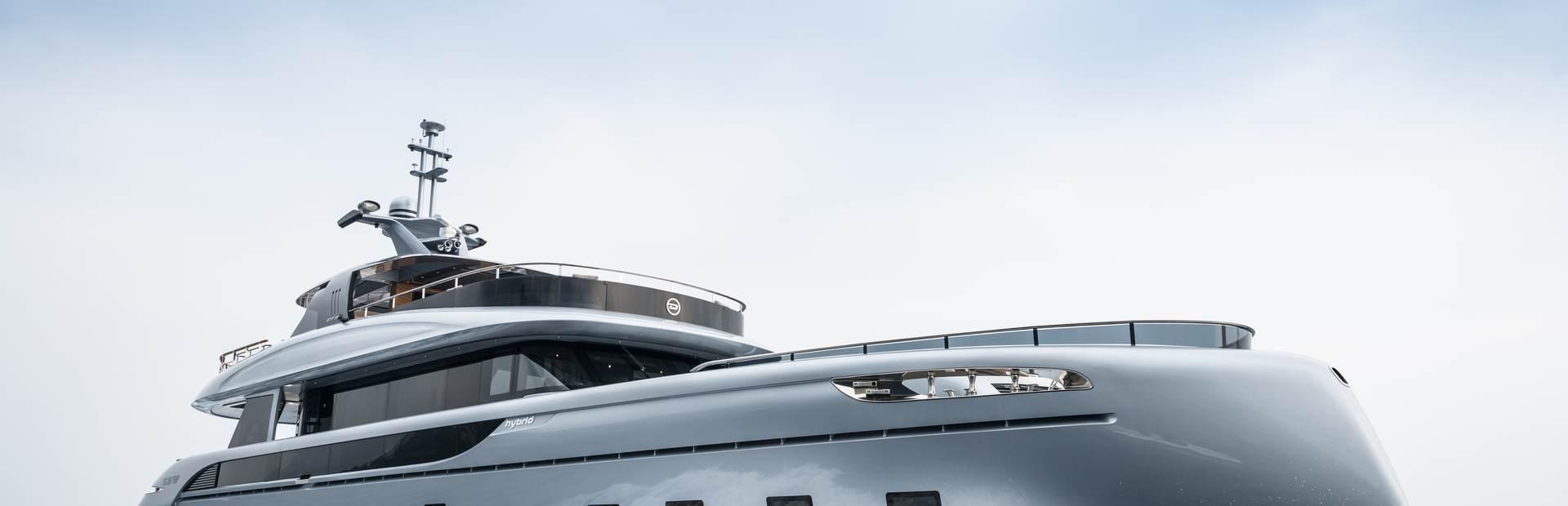 Dynamiq GTT 115 Yacht Charter