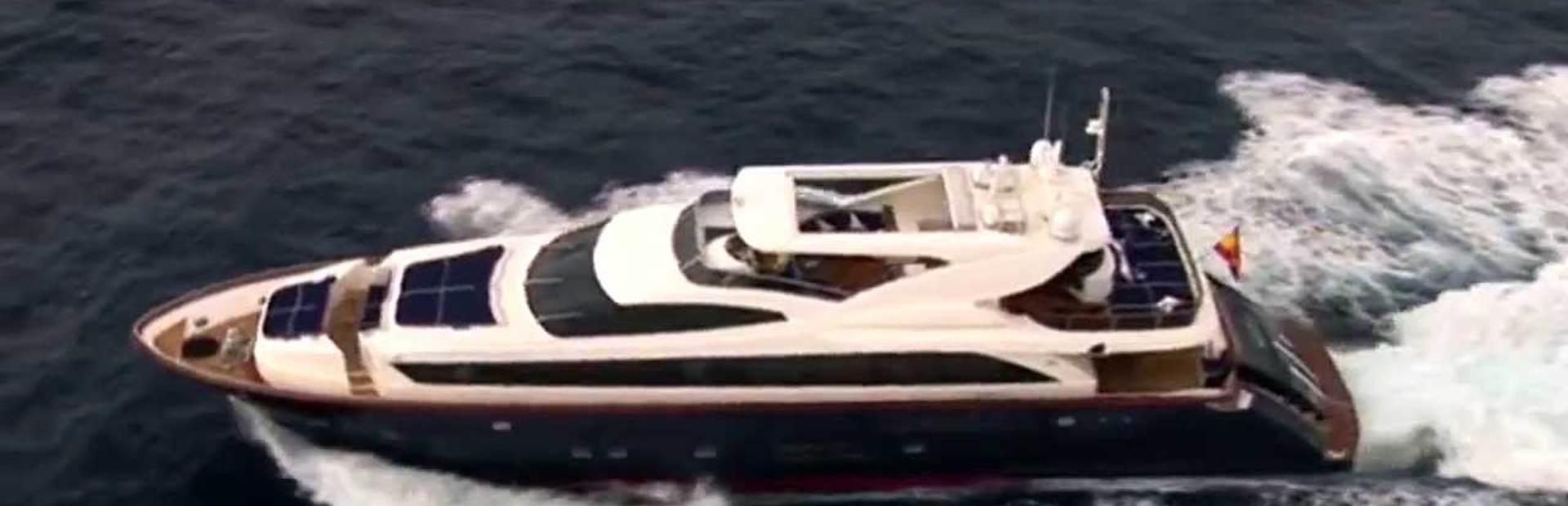 106 GLX Yacht Charter