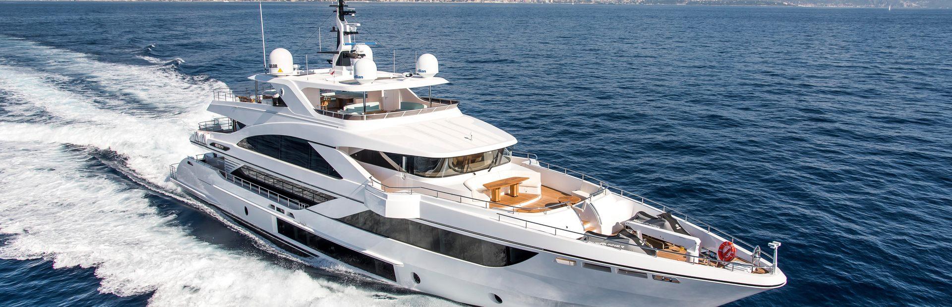 Majesty 140 Yacht Charter