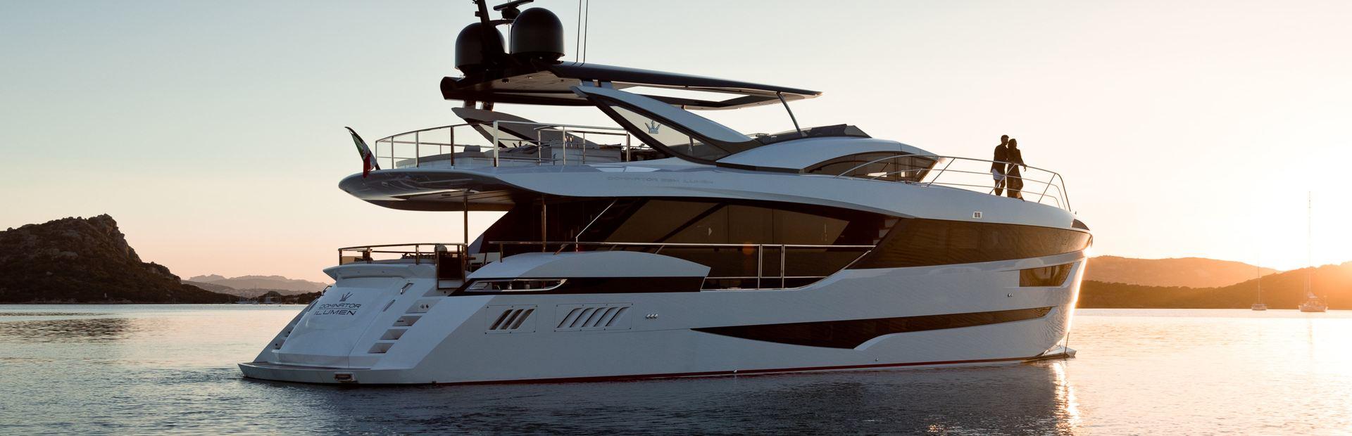 Dominator 28M Ilumen Yacht Charter