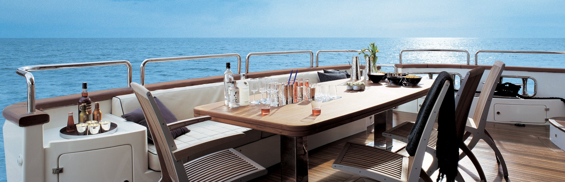 Grande 105 Yacht Charter