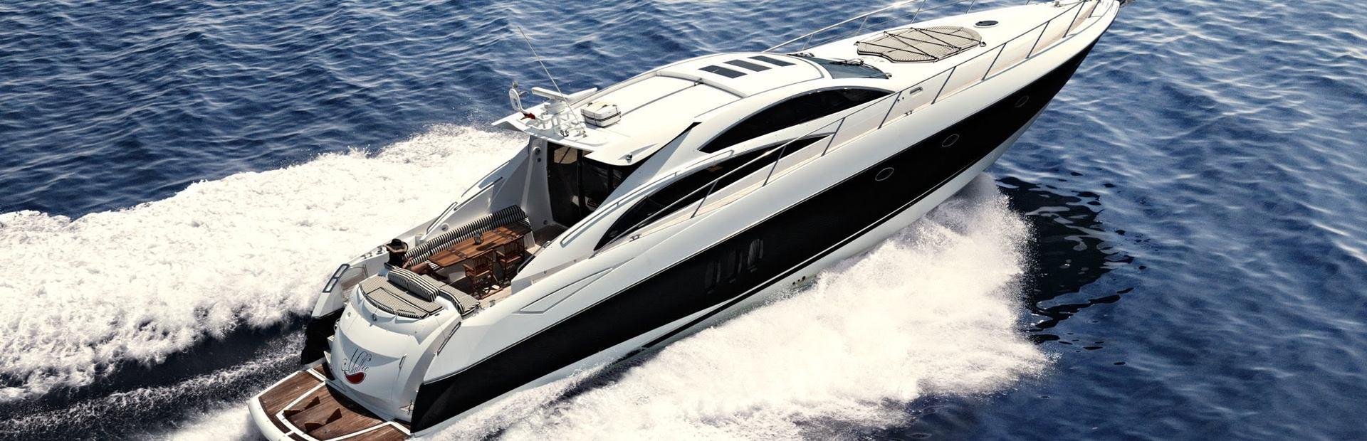 Predator 82 Yacht Charter