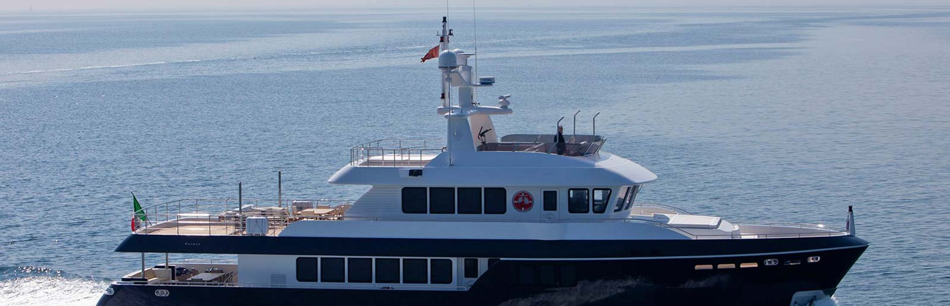 Cantiere Delle Marche Darwin 96 Yacht Charter