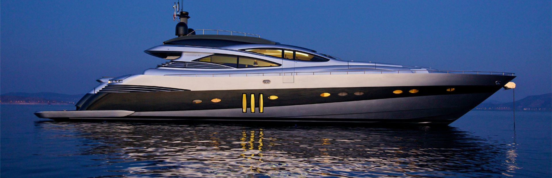 Pershing 90 Yacht Charter