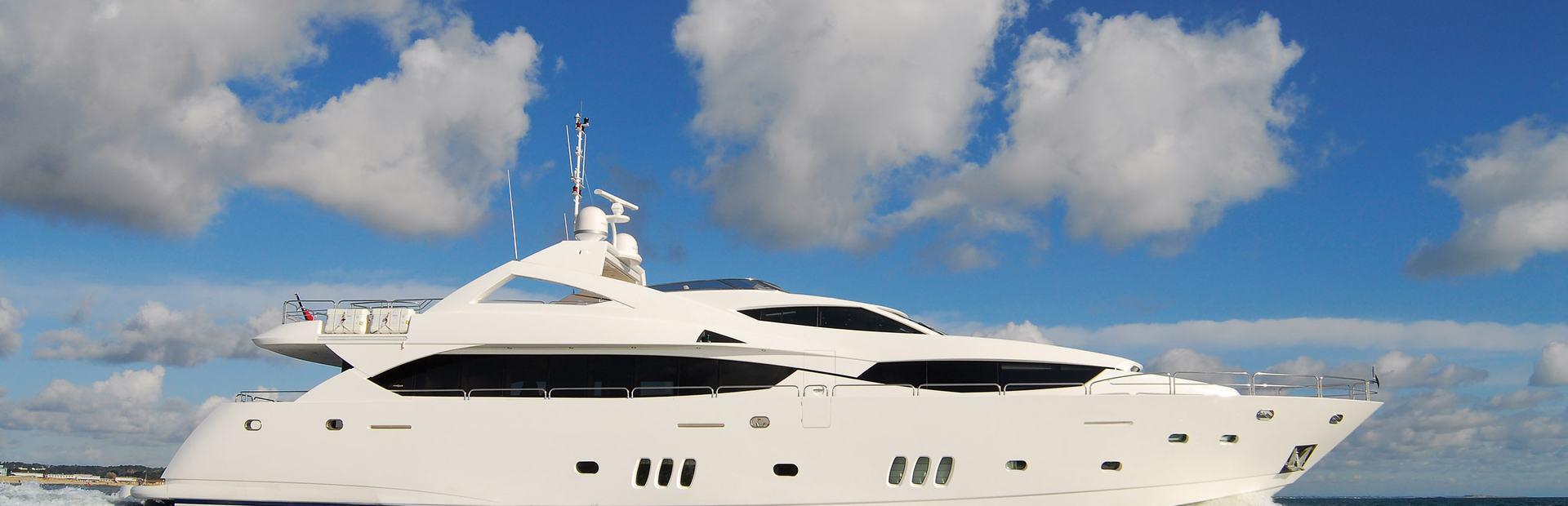 34 Metre Yacht Yacht Charter