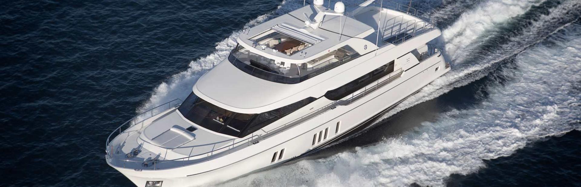 100 Flybridge Yacht Charter